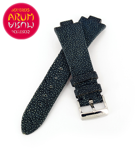 Z Chaumet Strap Ray Skin with Buckle RAC11