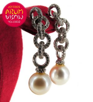 White Gold Earrings and Brilliants 3.58 cts. and Pearl RAJ401